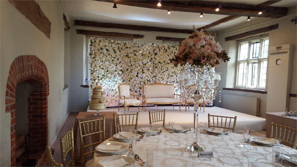 Aman and Diya's Pretty Wedding At The Manor House Hotel